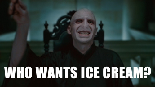 Harry-Potter-Meme-Voldemort-Nose-10